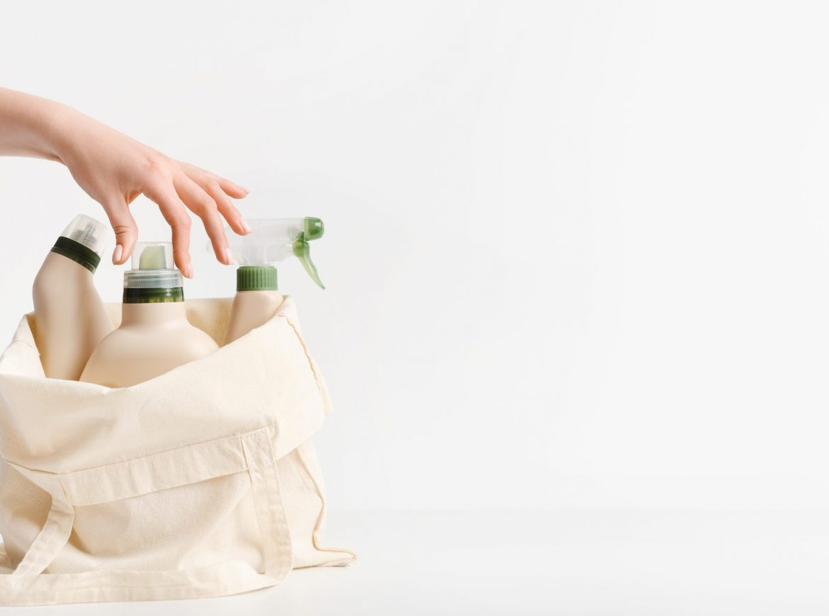 6 Proven Reasons to Switch to Natural Cleaning Products