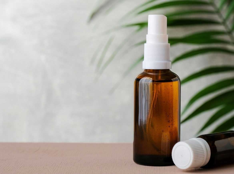 DIY Natural Air Freshener & Disinfectant Spray Recipes